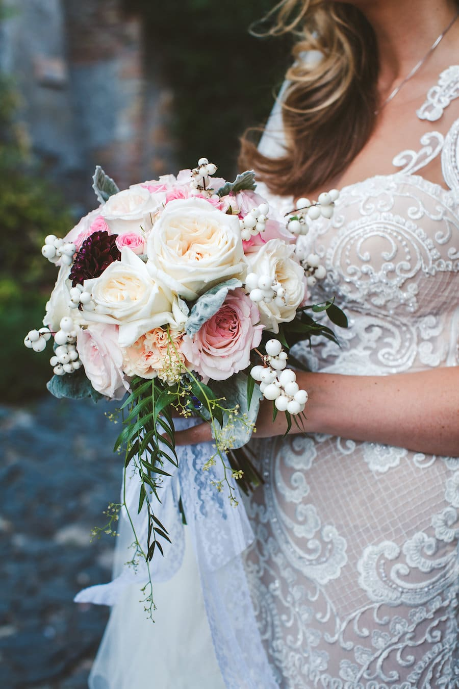 Naama and Anat, Naama and Anat Haute Couture, couture wedding gown, wedding dress, Italian Countryside Wedding, Diva Gown, Peggy Maison Pestea, bridal bouquet