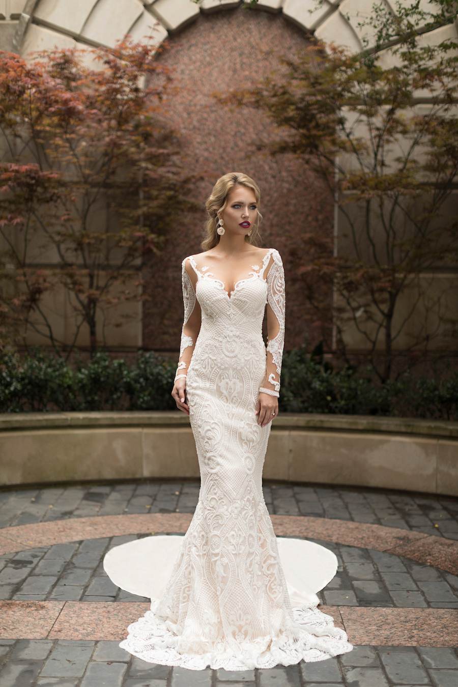 Naama and Anat Haute Couture, Wedding Dress Trends, 2018 Wedding Dress Trends, Naama and Anat Bridal, Couture Wedding Dress, Luxury Wedding Gown, Meregnue Gown, Dancing Up The Aisle