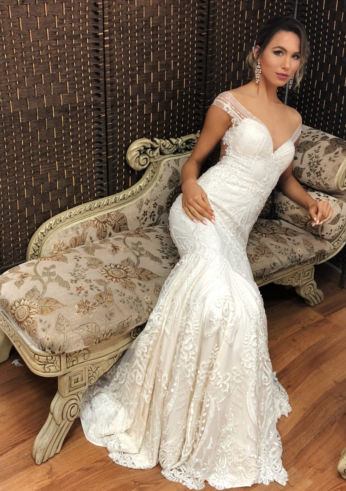 Recent Posts: Haute Couture Wedding Dress Sitting At Reisefeber.org